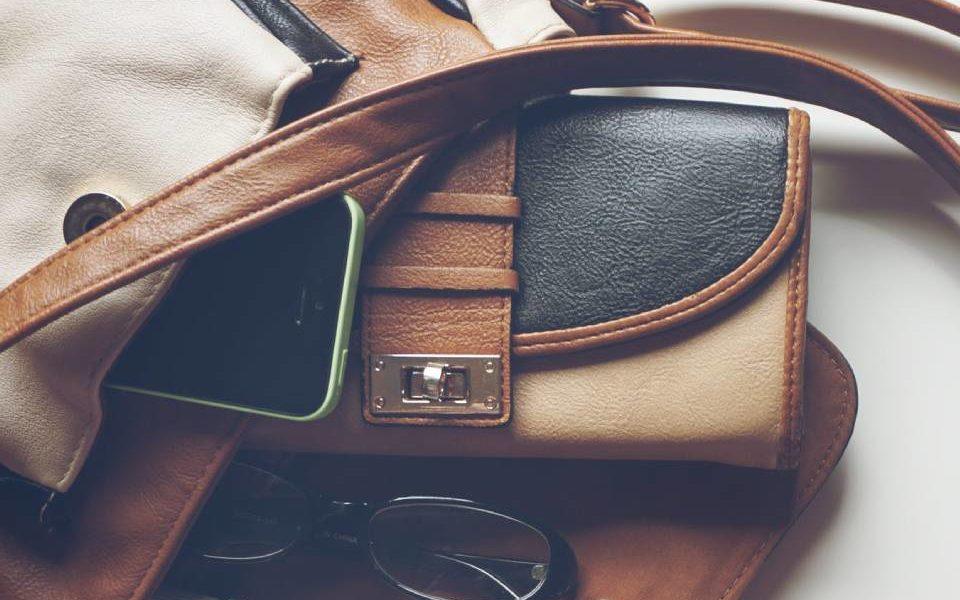Łatwiej wybrać modny portfel, niż urządzić mieszkanie